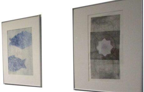 Geinspireerd door gedichten en gebeden van Bonhoeffer, maakte Jeltje Hoogenkamp een serie van dertien schilderijen